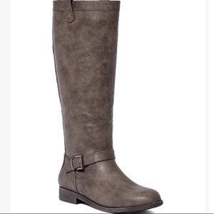 Brand New Charcoal Cedar Riding Boot